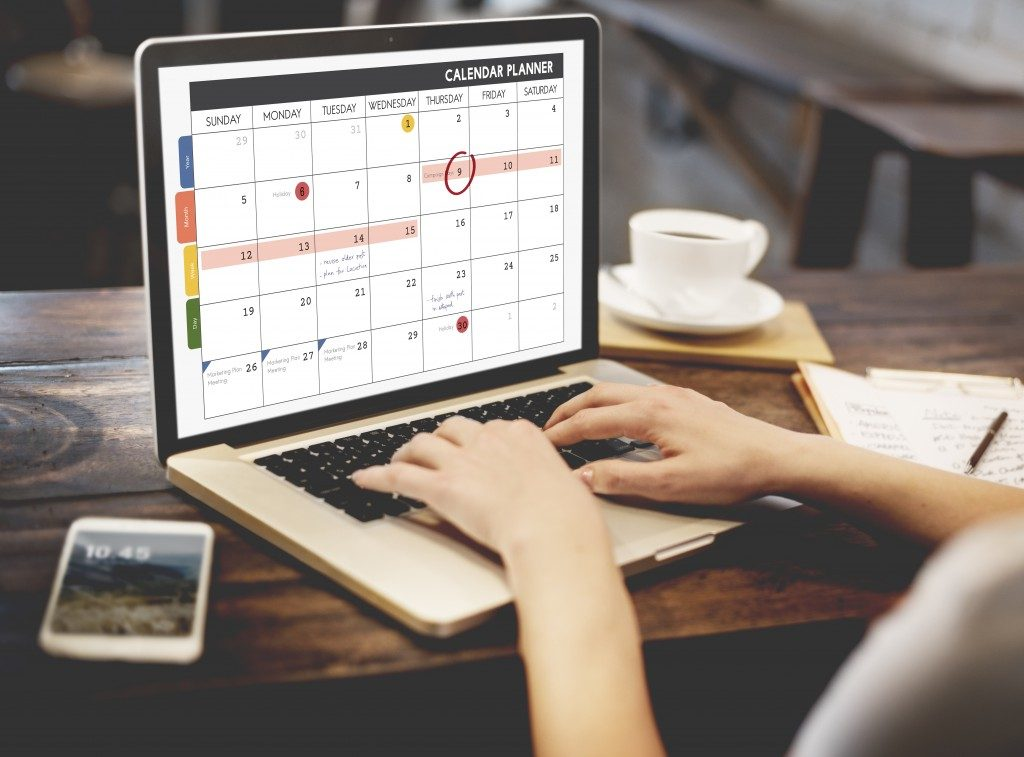 Calendar planner on laptop